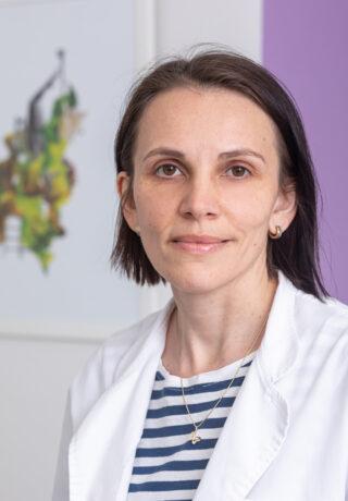 DR. ROXANA DUSCEAC