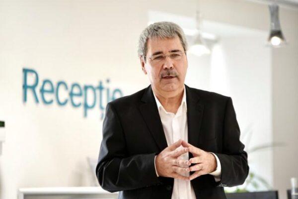 """Dr. Iosif Niculesu : """"Menopauza, o perioadă a vieții în care femeile au mare nevoie de ajutor"""""""